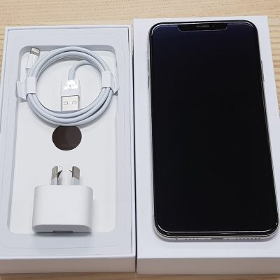 iPhone XS Max Silver Excellent / Like New